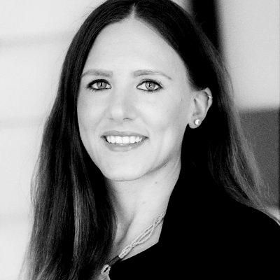 Dr. Larissa J. Maier