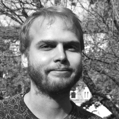 Maciej Stola